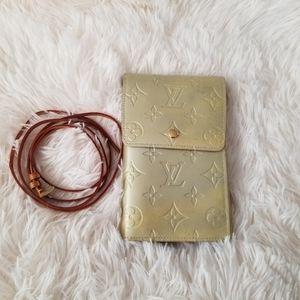 Louis Vuitton Vernis Wallet Crossbody